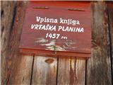 Slovenske planine v vseh letnih časihSmo na 1457m.