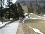 Slovenske planine v vseh letnih časihKranjski Rak.