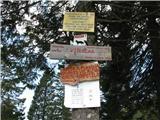 Slovenske planine v vseh letnih časihKatero koli destinacijo od teh dveh izberete bo v redu.Povsod ste dobrodošli.