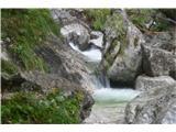 Slovenski slapovi vodotokov Prijetni tolmunčki,slapa še ne vidimo.