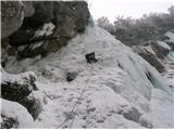 Grape, slapovi, zimski alpinistični vzponidrugi raztežaj
