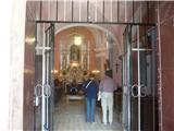Rožnik - Cankarjev vrhNotranjost cerkve
