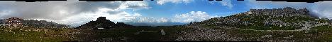 Rifugio Roda di Vael(2280m)