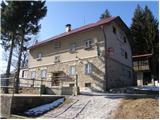 Andrejev dom na Slemenu - Dom na Smrekovcu