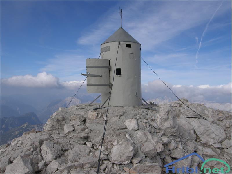 Aljažev stolp na Triglavu. - Slika - 453Aljažev stolp na Triglavu.