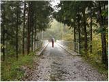 Podljubelj (Lajb) - roblekov_dom_na_begunjscici