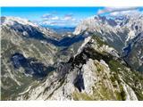 na grebenu Tretskega Pelca...pogled na prehojeno