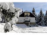 Nove okolju in družinam prijazne planinske kočePlaninski dom Košenjak, foto Zdenko Kupčič.