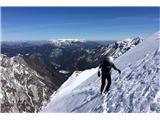 Za varnejše obiskovanje goraV gore se odpravljajmo načrtovano, pripravljeno in odgovorno (foto Manca Čujež).