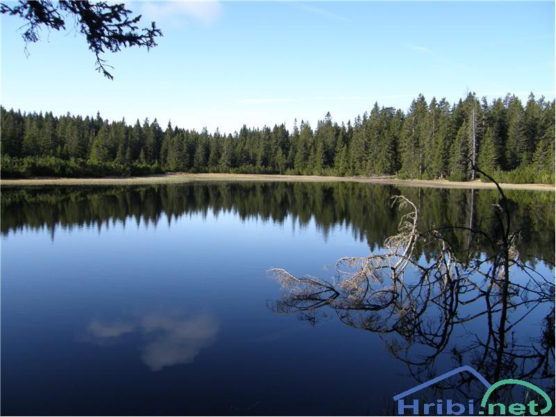 SlikaČrno jezero.